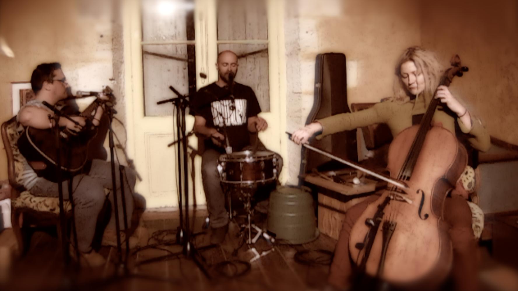 blunk-unplugged-la-casta-de-gerentes-ptt-format